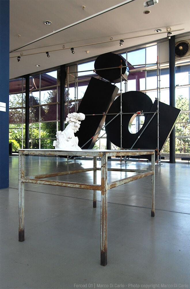 Marco Di Carlo - Sculpture - Forced 01 - Installation - Photo copyright - Marco Di Carlo