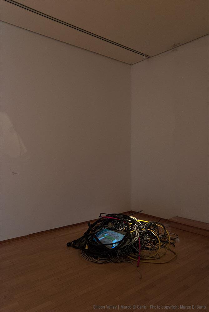 Marco Di Carlo - Sculpture Video Installation - Silicon Valley - Photo copyright © Marco Di Carlo